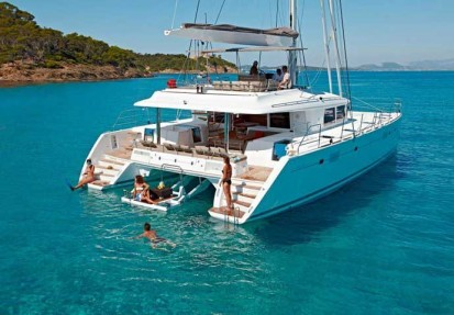 Luxury catamaran charter worldwide